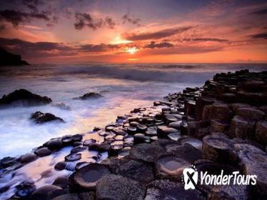Giant's Causeway Guided Day Tour from Belfast Including Admission to the Visitor Centre
