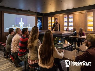 Guided Silver Whisky Tour of Edinburgh's Scotch Whisky Experience