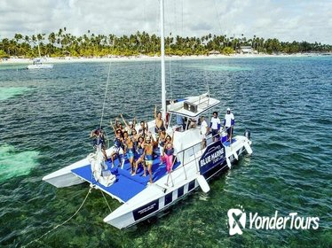 Half Day Snorkeling Catamaran Tour in Punta Cana
