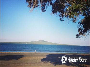 Half-Day Takapuna Food and Culture Tour from Auckland