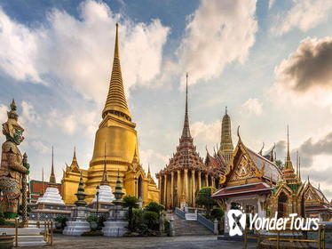 Half-Day Tour to Royal Grand Palace and Bangkok Temples
