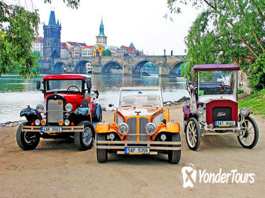 Historical Car Sightseeing Tour in Prague