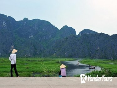 HOA LU & TAM COC FULL DAY PRIVATE TOUR