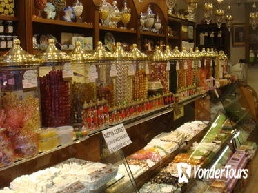 Istanbul Food Walking Tour of Beyoglu by Night