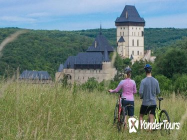 Karlstejn Castle Small-Group Bike Tour and Microbrewery Visit from Prague
