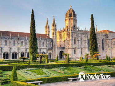 Lisbon and Sintra Small-Group Tour with Pena Palace and Monastery of Jeronimos
