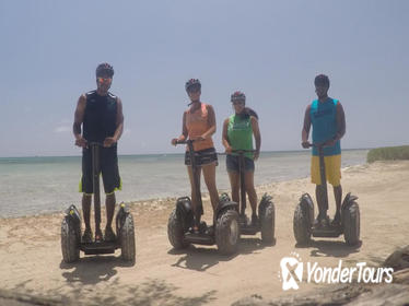 Malmok Beach Sightseeing Segway Tour in Aruba