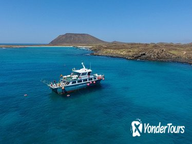 Miniexcursion with Snokel to Lobos Island Natural Park