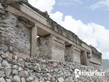 Mitla, Teotitlan and Santa Maria del Tule Sightseeing Tour from Oaxaca
