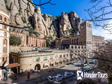 Montserrat Guided Tour with Flamenco Show