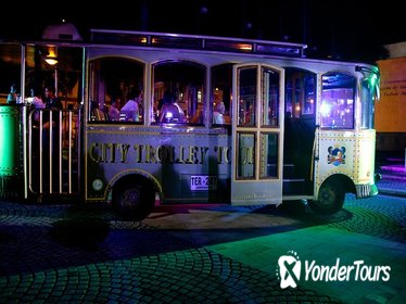 Night Trolley Sightseeing in Cartagena