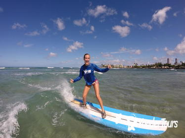 Oahu Shore Excursion: Small-Group Private Surfing or Stand-Up Paddleboard Lesson