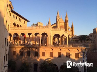 Palma de Mallorca Cultural and Foodie Tour