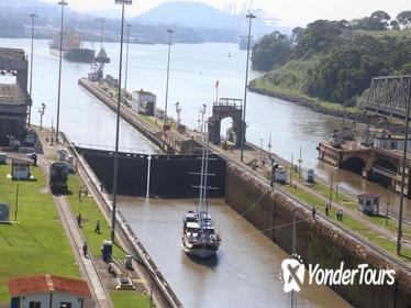 Panama Canal Partial Transit Tour from Panama City