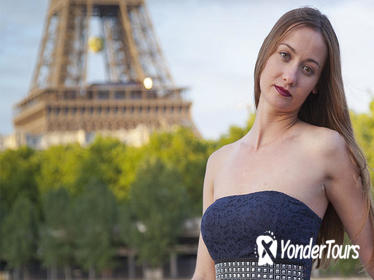 Paris 2-Hour Eiffel Tower Walking Tour with Professional Photo Shoot