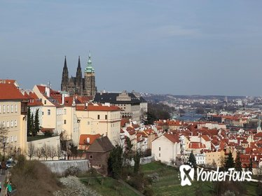 Prague Castle and Castle District Walking Tour Including Old Town Square and Tram Ride