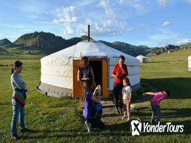 Private 3-Day Tour of National Parks From Ulaanbaatar