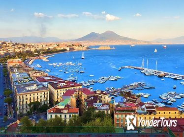Private 4-Hour Tour of Naples with private driver and official tour guide