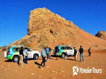 Private 4x4 Hatta Day Trip to Heritage Village and Fossil Rock