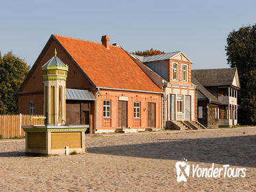 Private 6-Hour Tour to the Rumsiskes Open-Air Museum from Vilnius