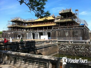 Private City Tour in Hue Including Kings Tombs and Citadel