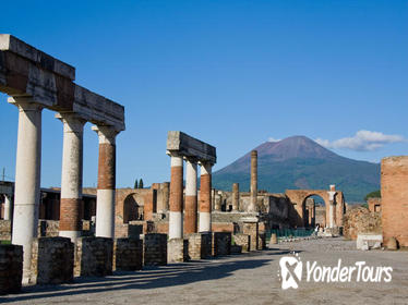 Private Day Tour from Rome To Pompeii and Sorrento