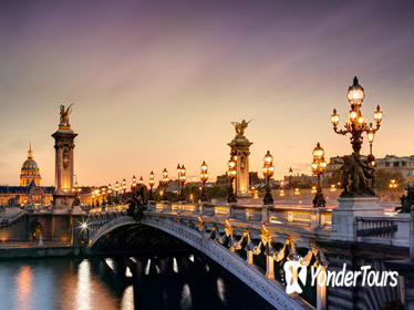 Private Day Tour: Guide in Paris