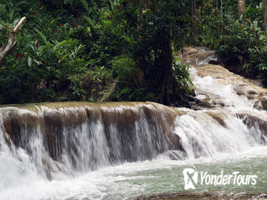 Private Dunn's River Falls and Tubing Combo Tour from Ocho Rios