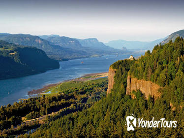 Private Group Tour up to 11 of Columbia River Gorge Waterfalls and Wine Tour