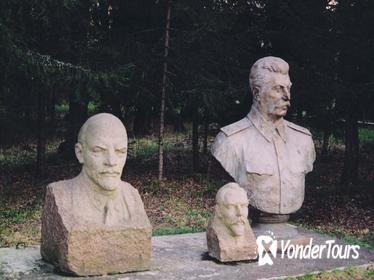 Private Grutas Park Tour: The Park of Soviet Sculptures from Vilnius