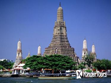 Private Half-Day Visit to Thonburi Canals and Old City by Long Tail Boat