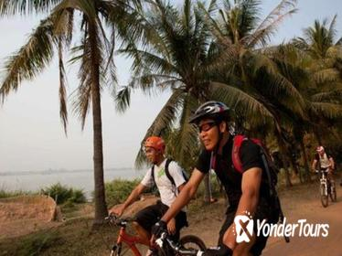 Private Koh Dach Bike Tour from Phnom Penh
