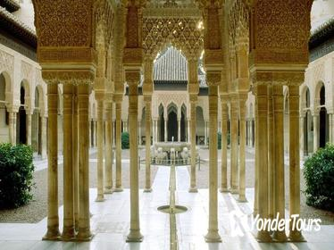 Private Official Guide to Visit Alhambra in Granada