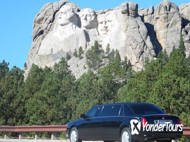 Private six door Cadillac limousine tours of Mt Rushmore- Badlands -Devils Tower