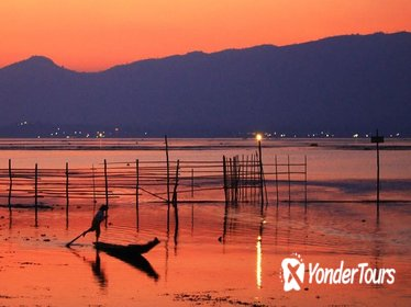 Private Sunset on Inle Lake Private Cruise