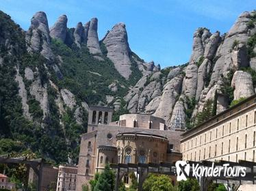 Private Tour: Half-Day Montserrat Experience