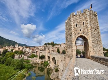 Private Tour: Three Medieval Towns Plus Lunch