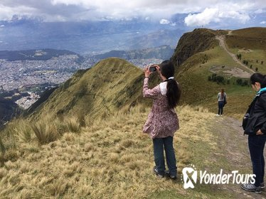 Quito City Tour Including Telef erico and Horse Ride Pichincha Volcano Tour