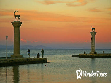 Rhodes by Night - Laterna