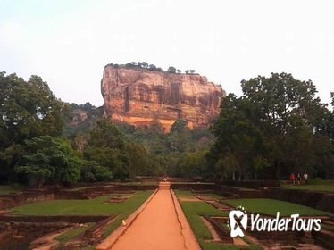 Sigiriya is a world heritage site in Srilanka.5 century AD it was a Royal palace