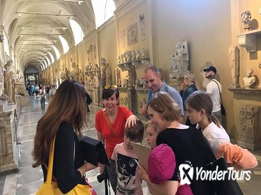 Skip the Line: Family Vatican Tour with Sistine Chapel and Carriage Pavilion