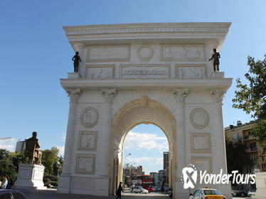 Skopje Old and New Private Half-Day Walking Tour