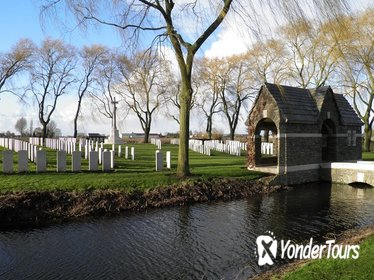 Small-Group Australian Battlefield Tour in Flanders from Brussels