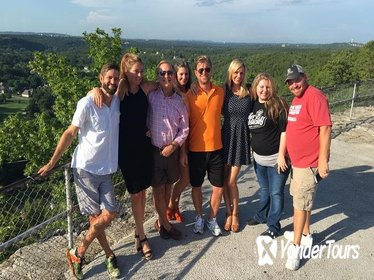 Small-Group Half-Day Tour of Branson via Luxury Vehicle