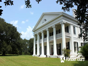 Small-Group Louisiana Plantations Tour with Lunch from New Orleans