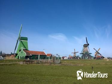 Small-Group Zaanse Schans Half-Day Tour with River Cruise to Amsterdam