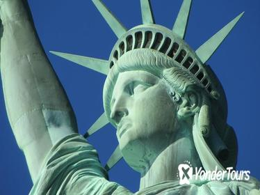 Statue of Liberty Ticket with Pedestal Access and 30-minute Historical Walking Tour