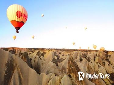 Sunset Cappadocia Tour Including Wine Tasting and Valley Hike