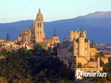 Toledo Segovia Full Day Tour by Luxury bus with fast track entry to the Alcazar