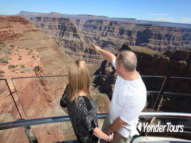 Grand Canyon Helicopter Tour with Optional Below-the-Rim Landing and Skywalk Upgrade